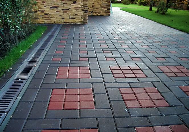 При укладке на даче тротуарной плитки соблюдайте правила | 465x664